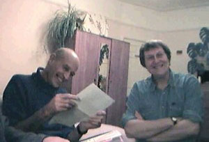 Pari (left) in an 2002 Sannyasnews editorial meeting